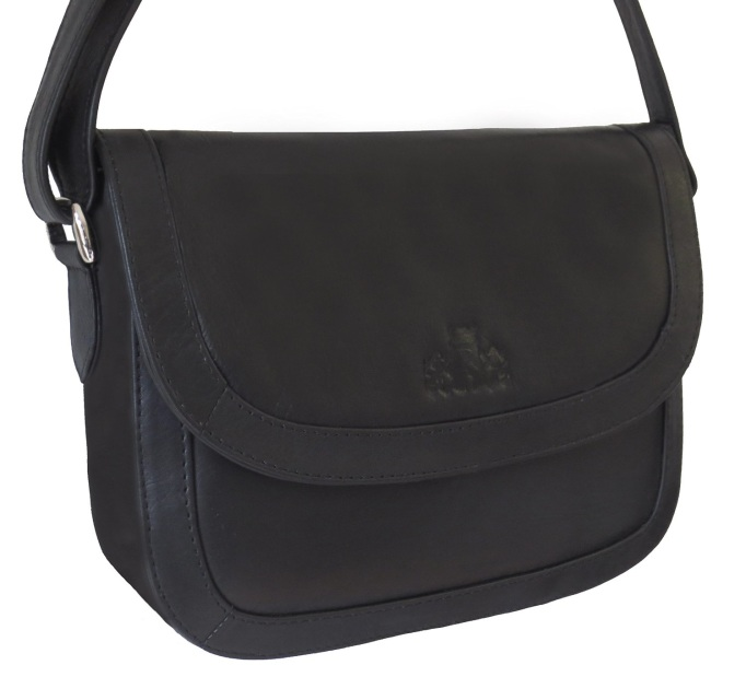 We stock Rowallan of Scotland and have a variety of leather bags for women  including leather shoulder bags 3bbefc9c66